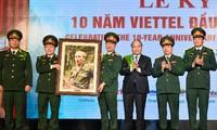Viettel creates new growth model: PM Nguyen Xuan Phuc