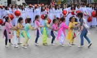 Charming Ao Dai fashion show in Ho Chi Minh City
