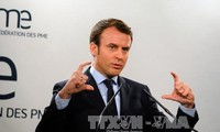 French presidential candidate pledges to protect middle class