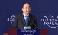 Prime Minister Nguyen Xuan Phuc delivers key note speech at WEF