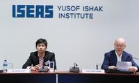 Vietnam Forum 2016 reviews national renovation process