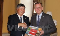 Vietnam boosts cooperation with Germany