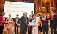 Vietnam wins two gold medals at Int'l Physics Olympiad 2016