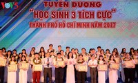 Traditional Day of Vietnamese Students marked nationwide