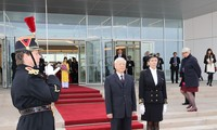 Party leader begins official visit to France