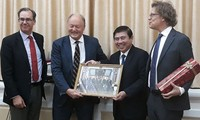 Swedish firms seek investment opportunities in HCMC