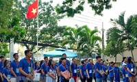 Summer camp stirs up expatriates'  patriotism