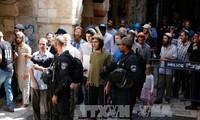 巴勒斯坦人在阿克萨清真寺与以色列安保力量发生冲突   多人受伤