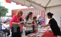 越南出席比利时劳动党第七次团结节