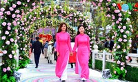 Lễ hội hoa hồng Bulgaria và Bạn bè lần đầu tiên tại Hà Nội