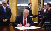 Trump continue à suspendre une partie de la loi Helm-Burton pendant six mois