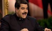 """Venezuela : Caracas dénonce la """"pire agression"""" après les sanctions américaines"""