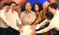 Nguyen Xuan Phuc appelle à oeuvrer pour les personnes dans le besoin