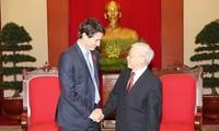 Justin Trudeau reçu par le secrétaire général du Parti communiste vietnamien