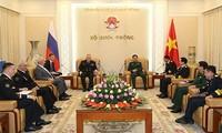 Renforcer la coopération entre les marines vietnamienne et russe