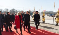 Emmanuel Macron lance son voyage en Chine