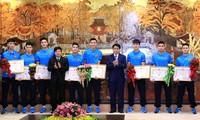 Football: Hanoi honore l'équipe des moins de 23 ans