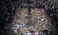 Une minute de silence au Royaume-Uni, un an après l'attentat de Manchester