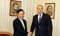 Pham Binh Minh en visite officielle en Bulgarie