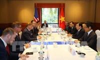 Des chefs d'entreprises américaines reçus par Trinh Dinh Dung
