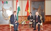 Visite de Nguyên Phu Trong en Hongrie: journée du 9 septembre