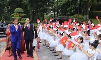 Cérémonie d'accueil en l'honneur du président indonésien