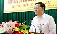 Vuong Dinh Huê rencontre l'électorat à Ha Tinh
