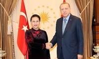 Nguyên Thi Kim Ngân termine sa visite en Turquie