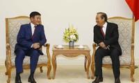 Truong Hoà Bình reçoit le ministre mongol de la Justice