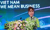 Une femme d'affaires vietnamienne honorée