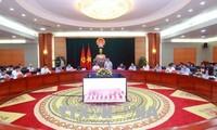 Vuong Dinh Huê travaille avec les autorités de Hai Phong