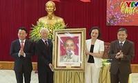 Nguyên Phu Trong présente ses vœux à Yên Bai