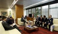 Uông Chu Luu rencontre le vice-président brésilien