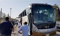 Égypte : une attaque à la bombe contre un bus de touristes près des pyramides