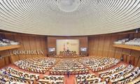 La loi sur les fonctionnaires et les agents contractuels en débat