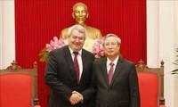 Vietnam-République tchèque : Rapprochement des partis communistes