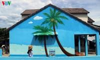 ベトナムの初の壁画村 タムタイン村