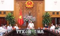 フック首相、ビントアン省の指導者と会合