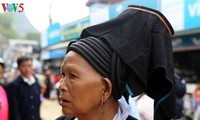 ホアン・リェン・ソン山脈の麓にあるタムドゥン市場