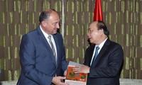 フック首相、ベルギー・フランダース政府の首相と会見