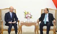 フック首相、韓国放送通信委員長と会見