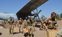 欧盟正式决定派教官团训练马里军队