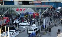 中国新疆乌鲁木齐火车站发生暴力恐怖袭击爆炸案 致80多人伤亡