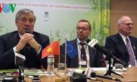越南和欧盟为年中签署FTA而努力谈判