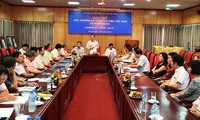 加强民间外交专职机构与越南驻外代表机构的联系