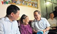 越南各地纷纷举行报恩答义活动