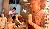融入国际中的越南手工艺村