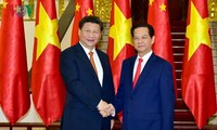 越南政府总理阮晋勇会见中共中央总书记、中国国家主席习近平