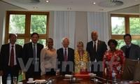 越南和南非加强培训与科研合作