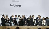 巴黎气候变化大会通过全球气候新协定